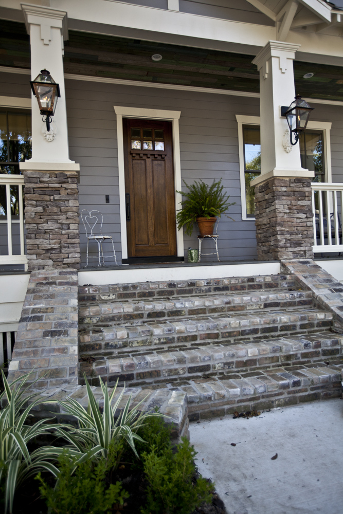 Grey Stone Pillars : Gray shingle natural choice and porpoise favorite