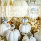 KNOB-TOP-PUMPKINS-very-chic-way-to-decorate-a-pumpkin-stonegableblog.com_1-e1411220913982