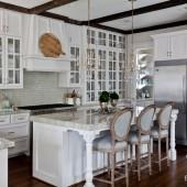 white-kitchen-with-island